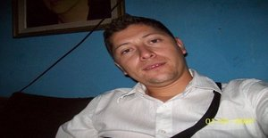 Cristianp24 33 years old I am from Linares/Maule, Seeking Dating with Woman