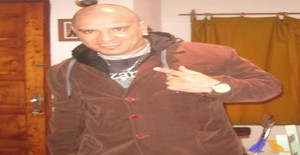 Gustavo.morocho2 41 years old I am from Montevideo/Montevideo, Seeking Dating Friendship with Woman